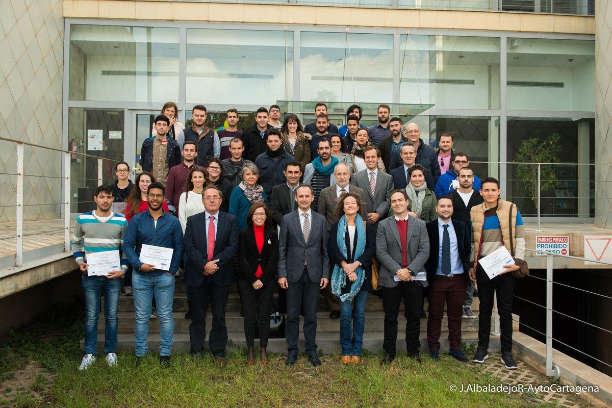 Entrega diplomas del Lean Emprende, CEEIC
