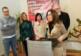 Entrega de cheque a la ganadora de la Campaña Navideña del Área Comercial La Milla