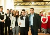 Entrega de diplomas a los alumnos de los cursos de Cocina y Restauración de la ADLE - Se amplía imagen