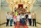Recepción en el Palacio Consistorial a los alumnos del colegio Narval y los participantes en el intercambio internacional