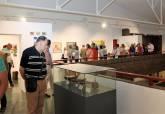 Los trabajadores del Ayuntamiento exponen sus obras en el Museo Arqueológico Municipal