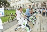 El reto '12 millones de pedaladas' llega a Cartagena para sensibilizar sobre la situación de los refugiados