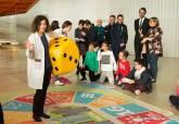 Los escolares del municipio se acercan a la ciencia en El Batel