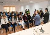 Visita a los alumnos de los programas PMEF y AIDIS en el centro de recursos juveniles de Canteras