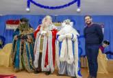 Reyes Magos entrega de juguetes en la asociación de vecinos Ensanche-Almarjal