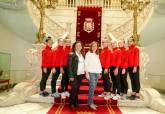 Visita del Club Rítmica Cartagena al Palacio Consistorial