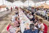 Comida mujeres galileas. Fiestas de Primavera del 'Campo, Música y Flores' de Pozo Estrecho