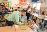 Visita a las Escuelas de Verano organizadas por Educación, olegios Absdrúbal de Lo Campano, Aníbal de Los Mateos