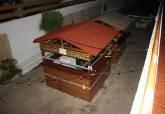 Retirada de mesas y sillas y precinto d dos chiringuitos en la Plaza del Cavanna
