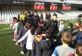 Alumnos del CEIP Mediterráneo visitan el Estadio Cartagonova