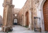 Visita a la catedral antigua y firma del protocolo para su reaturación
