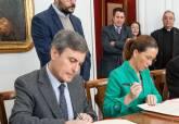 Firma del protocolo para la recuperación del Anfiteatro Romano