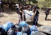 Recogida de basura 'Trashchallenge' Mucho Mas Mayo. Fotografías Pablo Sánchez del Valle