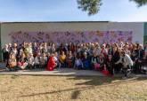 Inauguración del mural de cerámica 'Mujeres que hablan con flores' en la Pista de Atletismo