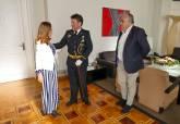 Antonio Ruiz, recibido por la alcaldesa en su despedida