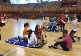 Jugando al atletismo en el Palacio de Deportes