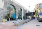 Obras de reforma en la oficina de Turismo de las Puertas de San José en Cartagena
