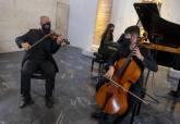 Entre Cuerdas y Metales, trio violín, violonchelo y piano