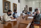 Reunión con los representantes de Hosteleros, sector del Taxi y Cultura para explicar ayudas municipales para paliar la crisis sanitaria