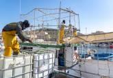 Pescadores en el Puerto de Santa Lucía