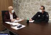 Reunión de coordinación para el control de peluquerías y barberías
