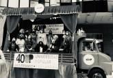El camión de la Universidad Popular.