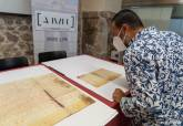 Documentos medievales que se restaurarán en el Archivo Regional