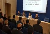 Castejón en las jornadas de desarrollo celebradas en la Autoridad Portuaria - Se amplía imagen