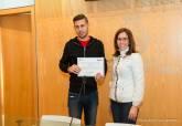 Entrega de diplomas de la ADLE - Se amplía imagen